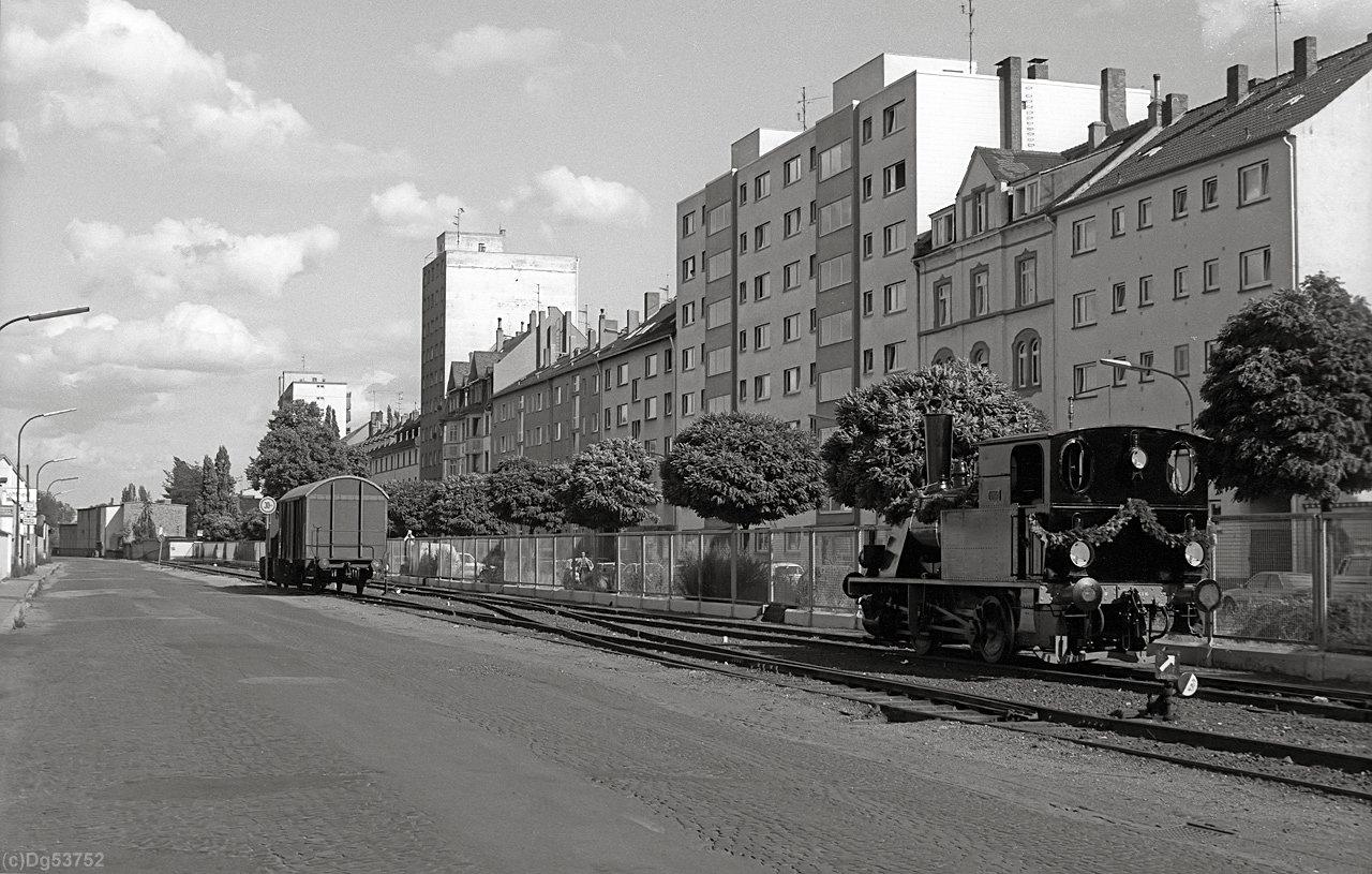 http://www.dg53752.de/DSO037_OF_Hafenbahn/11_107-1-5_Hafenbahn_Offenbach_85xxxx_filtered.jpg